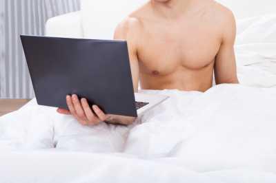 Awas, Pria yang Kecanduan Pornografi Malah Berisiko Alami Impotensi