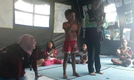 Butuh Waktu 2 Bulan untuk Bangun Sekolah Darurat di Palu