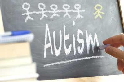 Kenali Tanda-Tanda Autisme pada Anak Sejak Dini