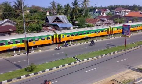 Jalur Kereta Api Padang-Bukittinggi Bakal Dihidupkan