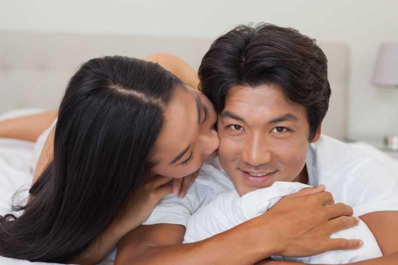 4 Blunder yang Sering Dilakukan Pasangan Usia 30-an Saat Bercinta