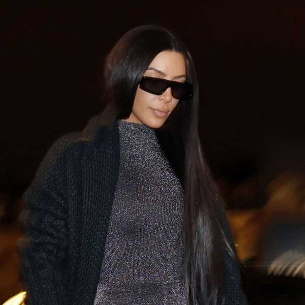 Busana Tembus Pandang Kim Kardashian yang Sangat Terbuka