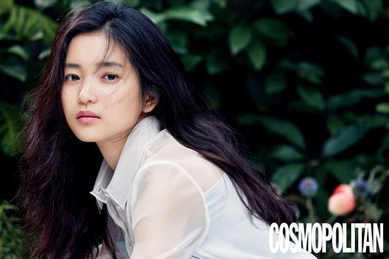 Berkat Adegan Ranjang Sesama Jenis, Kim Tae Ri Diganjar 9 Penghargaan