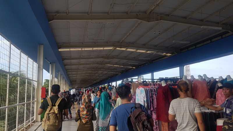 Plus Minus Skybridge Tanah Abang di Mata Masyarakat Jakarta