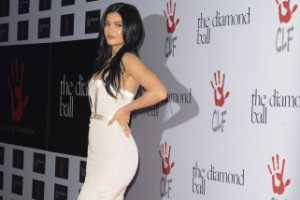 Kylie Jenner Dapat Hadiah Mewah Ini dari sang Kekasih