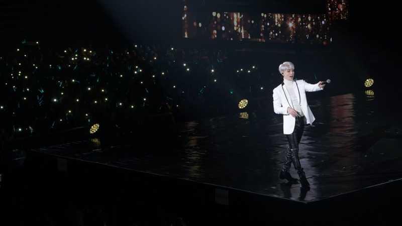 Penghormatan Terakhir dari Penggemar untuk Jonghyun SHINee