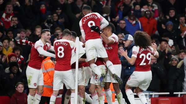 Arsenal, si Meriam London Itu, Hancurkan Chelsea