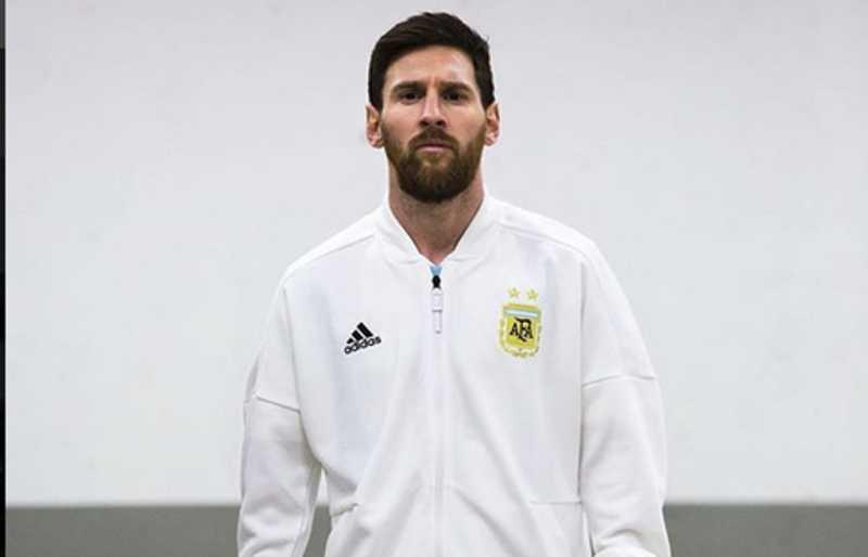 Istri Pamer Kemesraan dengan Lionel Messi Usai Piala Dunia 2018