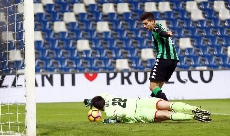 Ditaksir Inter dan MU, Pellegrini Bangga Bertahan di Roma