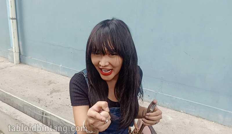 Lucinta Luna Optimis Lagu yang Diproduserinya Bakal Jadi Trending