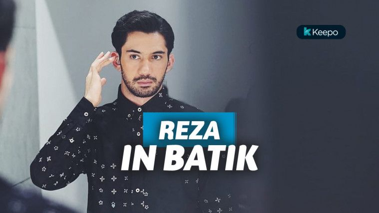 Reza Rahadian dan 7 Style Baju Batiknya yang Sulit Dipisahkan