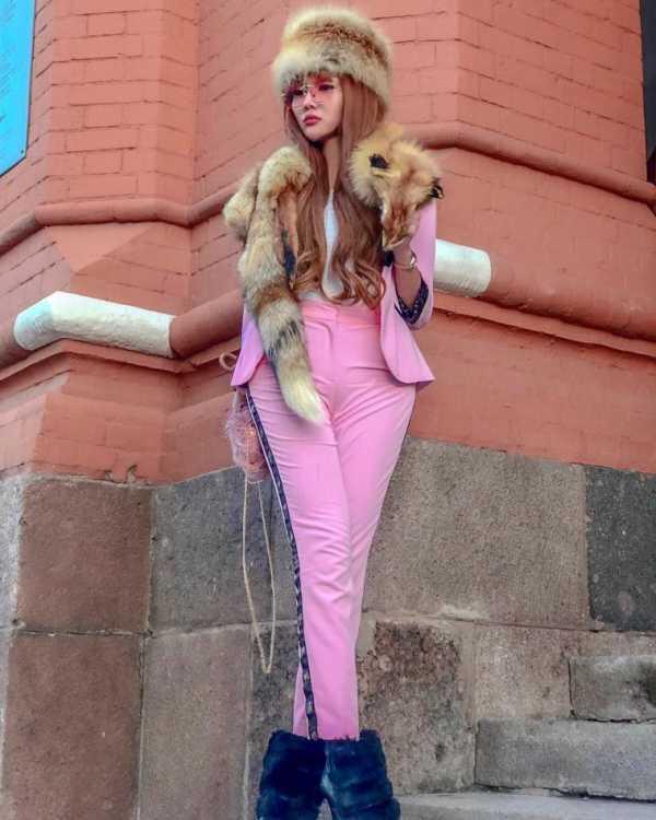 6 Artis Cantik Ini Dihujat Lantaran Kenakan Fashion Item dari Hewan