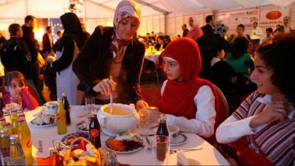 Begini Tradisi Ramadan di Negara-negara Mayoritas Non-Muslim