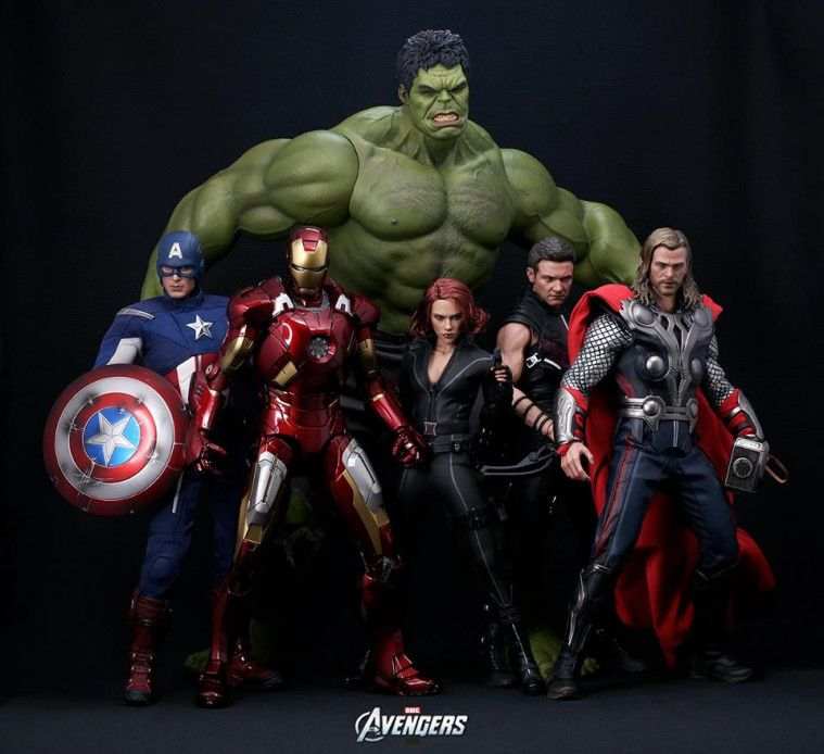 Kesal Melihat Suaminya Lebih Asyik Main Figure Avengers, Wanita Ini Menjual Semuanya dengan Harga Murah