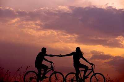 Cinta Pada Pandangan Pertama, Benar Adanya atau Hanya Khayalan Kamu Aja?