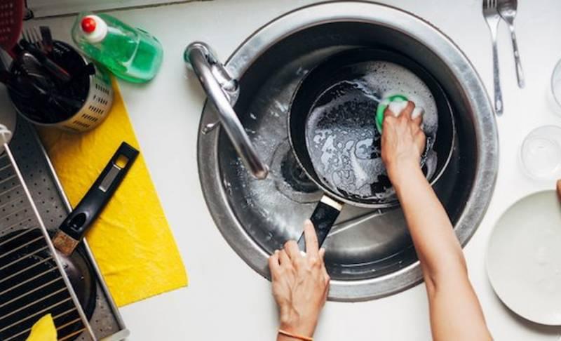 Tampak Bersih Tanpa Dosa, Ternyata 7 Benda Sehari-Hari Ini Jadi Sarang Bakteri!