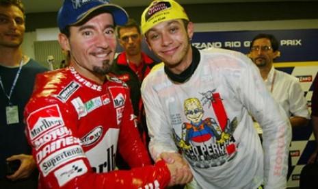 Max Biaggi Yakin Rossi Bisa Juara Dunia Lagi