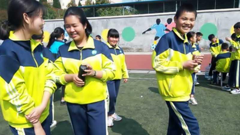 China Bikin Seragam Pintar untuk Cegah Siswa Bolos Sekolah