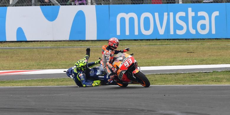 Jengkel, Valentino Rossi Berikan Sindiran untuk Marc Marquez