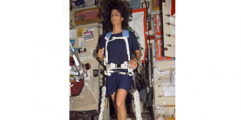 Apakah Astronaut Berolahraga?
