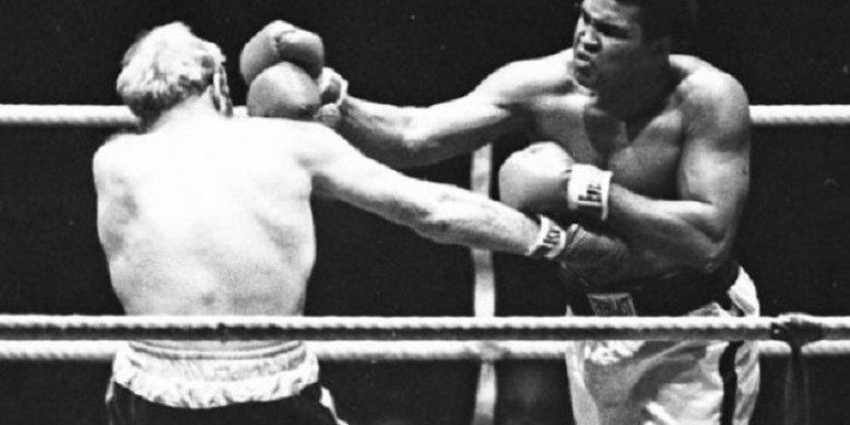 Mengapa Muhammad Ali Putuskan Memeluk Agama Islam?