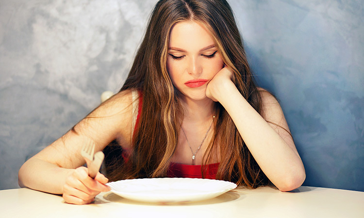Ini Bahayanya Anda Jika Sering Tidak Makan Malam