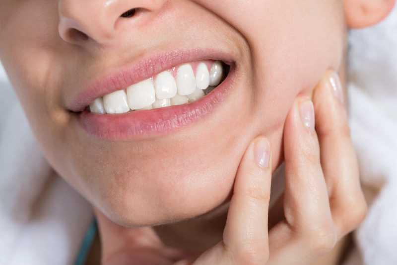 6 Tips Jitu yang Terbukti Ampuh Mengatasi Sakit Gigi