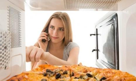 Tepatkah Mengukus dengan Microwave? Ini Penjelasannya