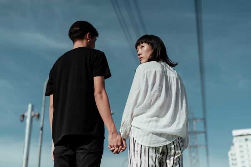 4 Tips Ampuh Menghadapi Pasangan yang Dulunya Playboy