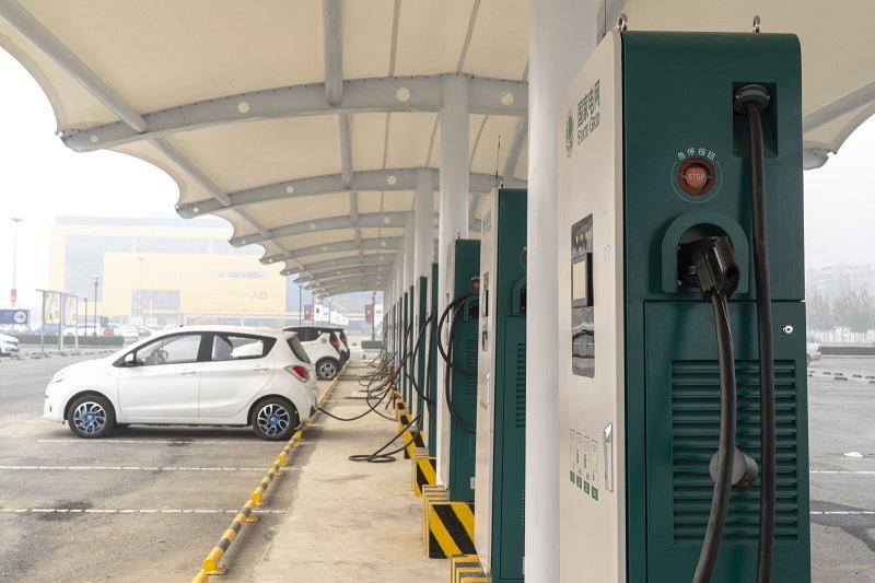 China Lacak Data Mobil Listrik, Termasuk Lokasi Pengemudi