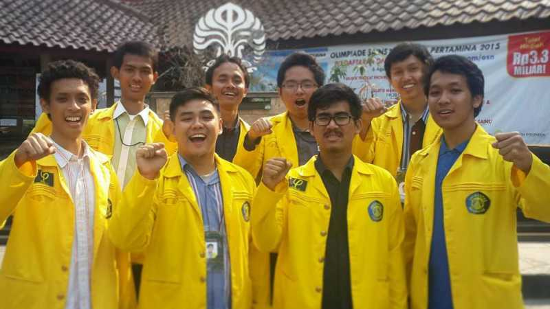 Ketua BEM UI Pemberi Kartu Kuning Jokowi Ditawari Beasiswa dan Umrah