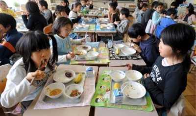 Mengapa Makan Siang Anak Sekolah Jepang Terbaik di Dunia?