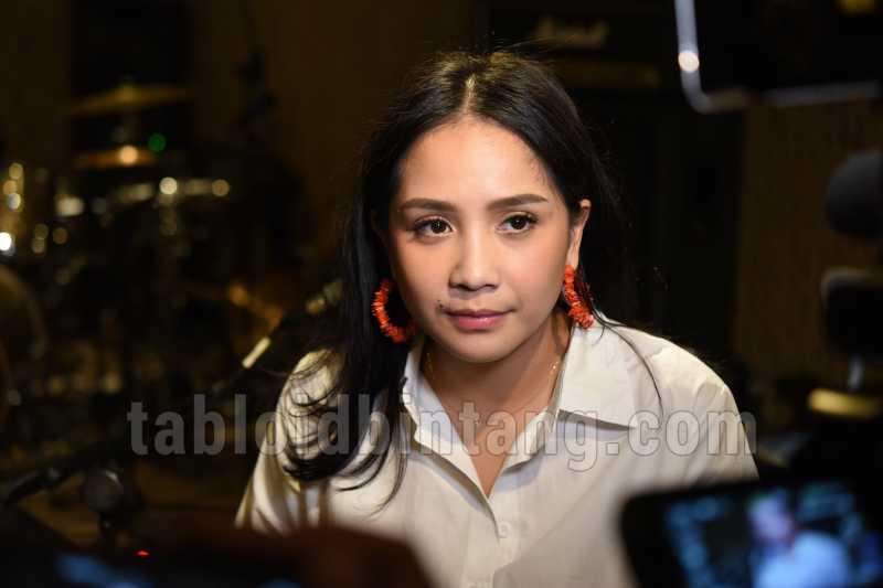 Nagita Slavina Wujudkan Mimpinya di Panggung Konser Satu Hati