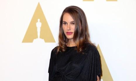 Meskipun Berdarah Yahudi, Natalie Portman Tolak Penghargaan dari Israel