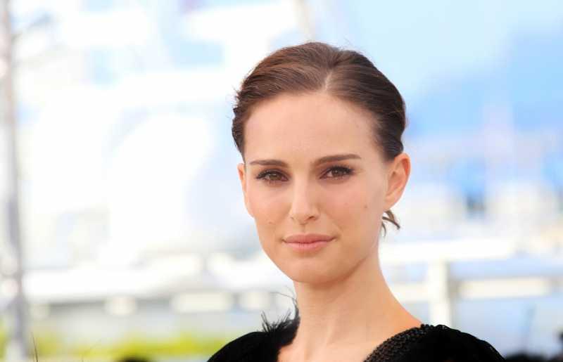 Natalie Portman Bantah Pernah Pacaran dengan Moby