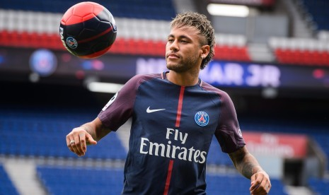 Dana Transfer Belum Dikirim, Debut Neymar Terhambat