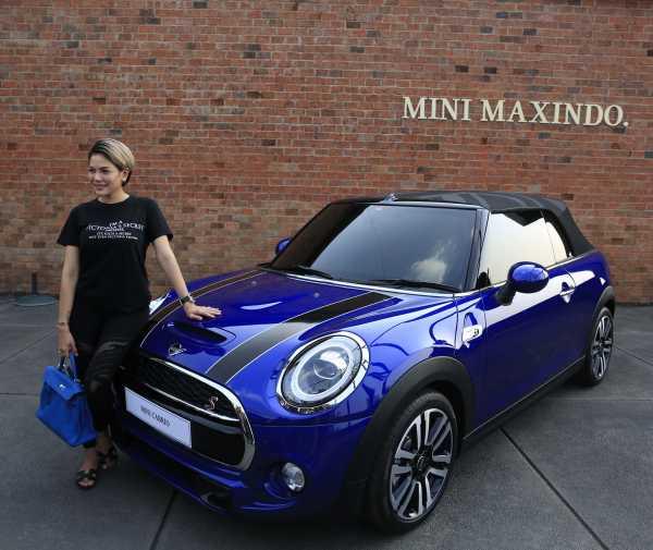Nikita Mirzani Beli Mobil Mewah Mini Cooper untuk Anak Dipo Latief Secara Tunai