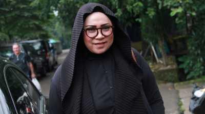 Melly Goeslaw Geram Laudya Cynthia Bella Dibully Soal Make Up