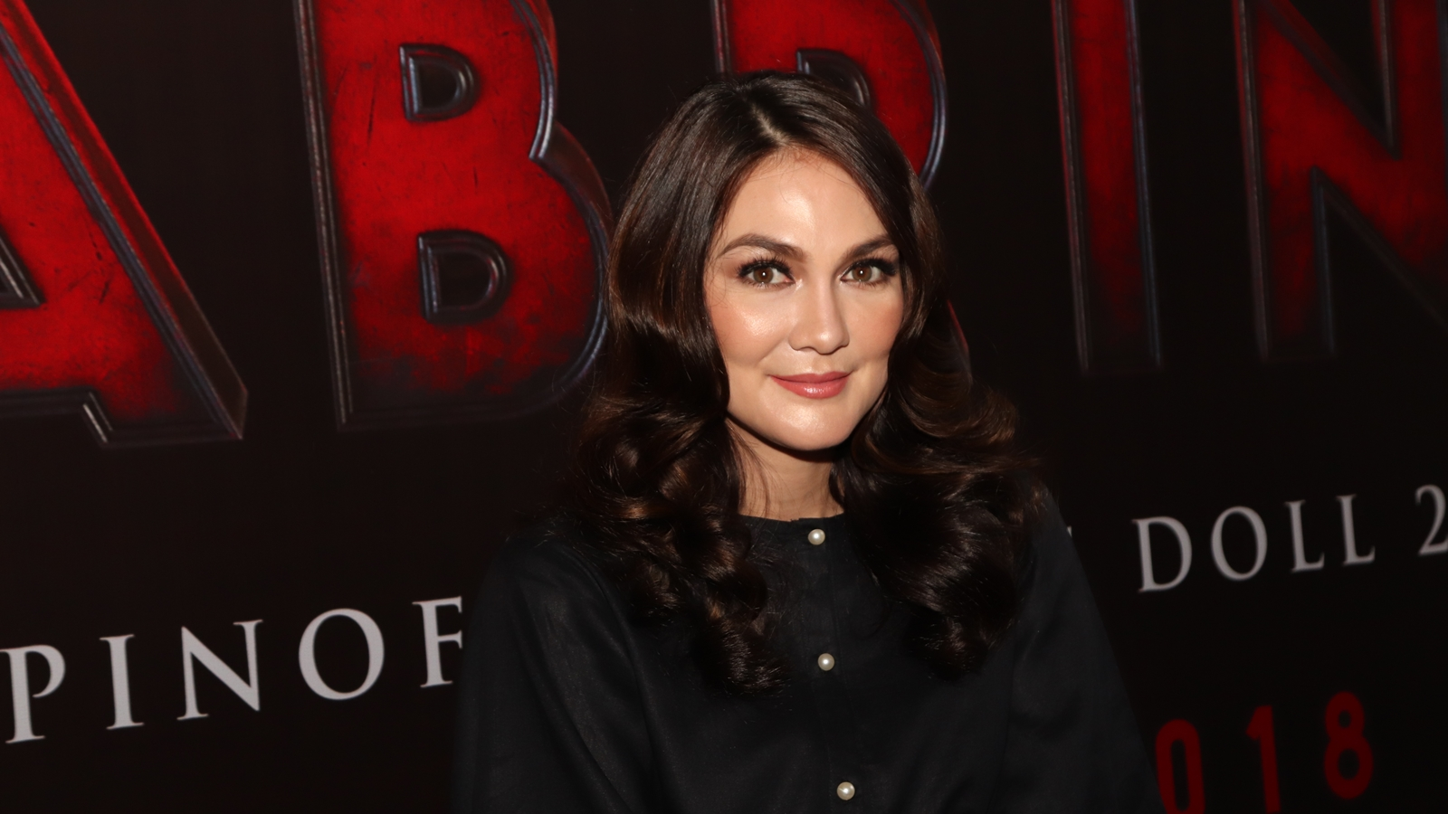 Luna Maya Bantu Usir Kru Film Sabrina yang Kesurupan