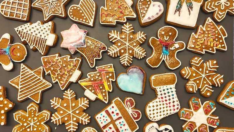 Ini Cara Hindari Gagal Hias Kue Natal