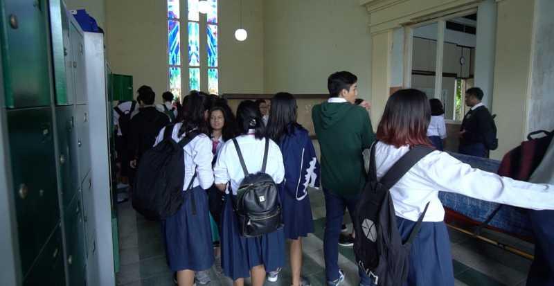 Riset: Jam Masuk Sekolah Agak Siang Bisa Tingkatkan Nilai Pelajar SMA