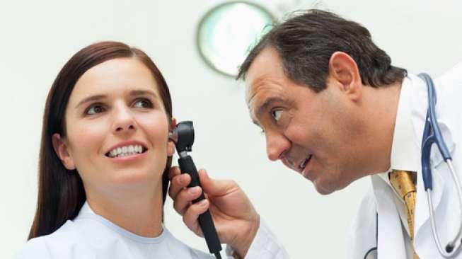 Cek Kesehatan Lewat Warna Kotoran Telinga, Anda yang Mana?