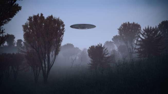 Penumpang Pesawat Rekam Penampakan yang Diduga UFO, Terbelah Lalu Hilang