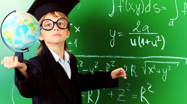 Kalahkan Einstein & Stephen Hawking, IQ Gadis 11 Tahun Ini di Atas Jenius