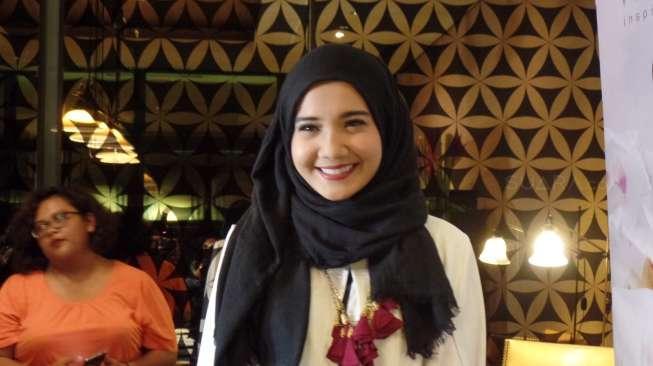Zaskia Sungkar Operasi Kandungan untuk Program Hamil