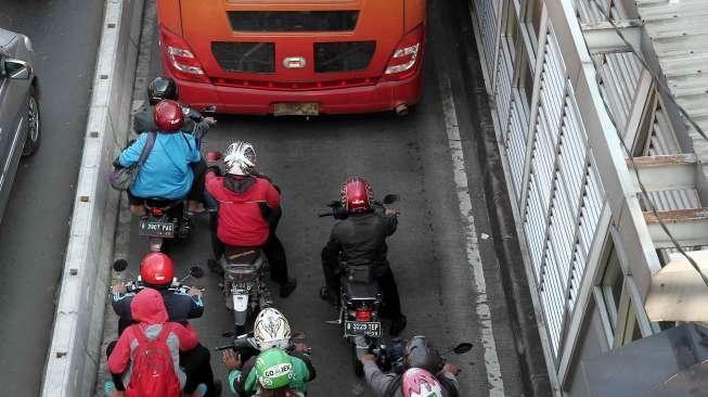 Penerapan Sistem E-Tilang, TransJakarta Akan Pasang 510 CCTV di 225 Halte