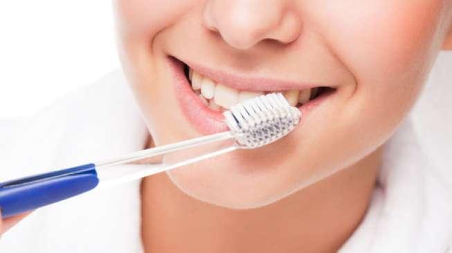 Survei Sebut Banyak Orang Berlebihan Pakai Pasta Gigi