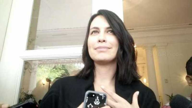 Sophia Latjuba Susul Ariel ke Lombok