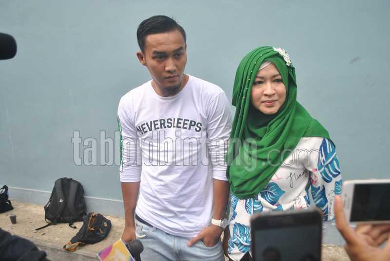 Okie Agustina dan Suami Diperiksa Polisi