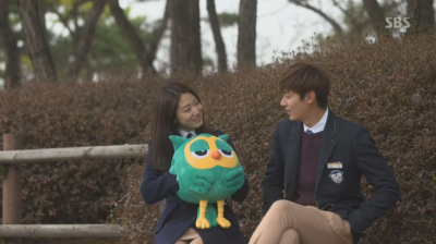 5 Drama Korea yang Punya Boneka Lucu